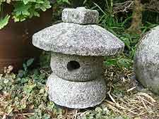 Rustic-style granite Japanese lantern