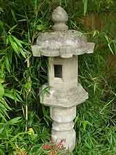 Stone pillar lantern